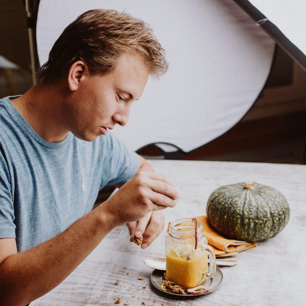 Read more about the article David Geisser kocht Rezepte mit Sinn und auch mit Appenzeller Bier
